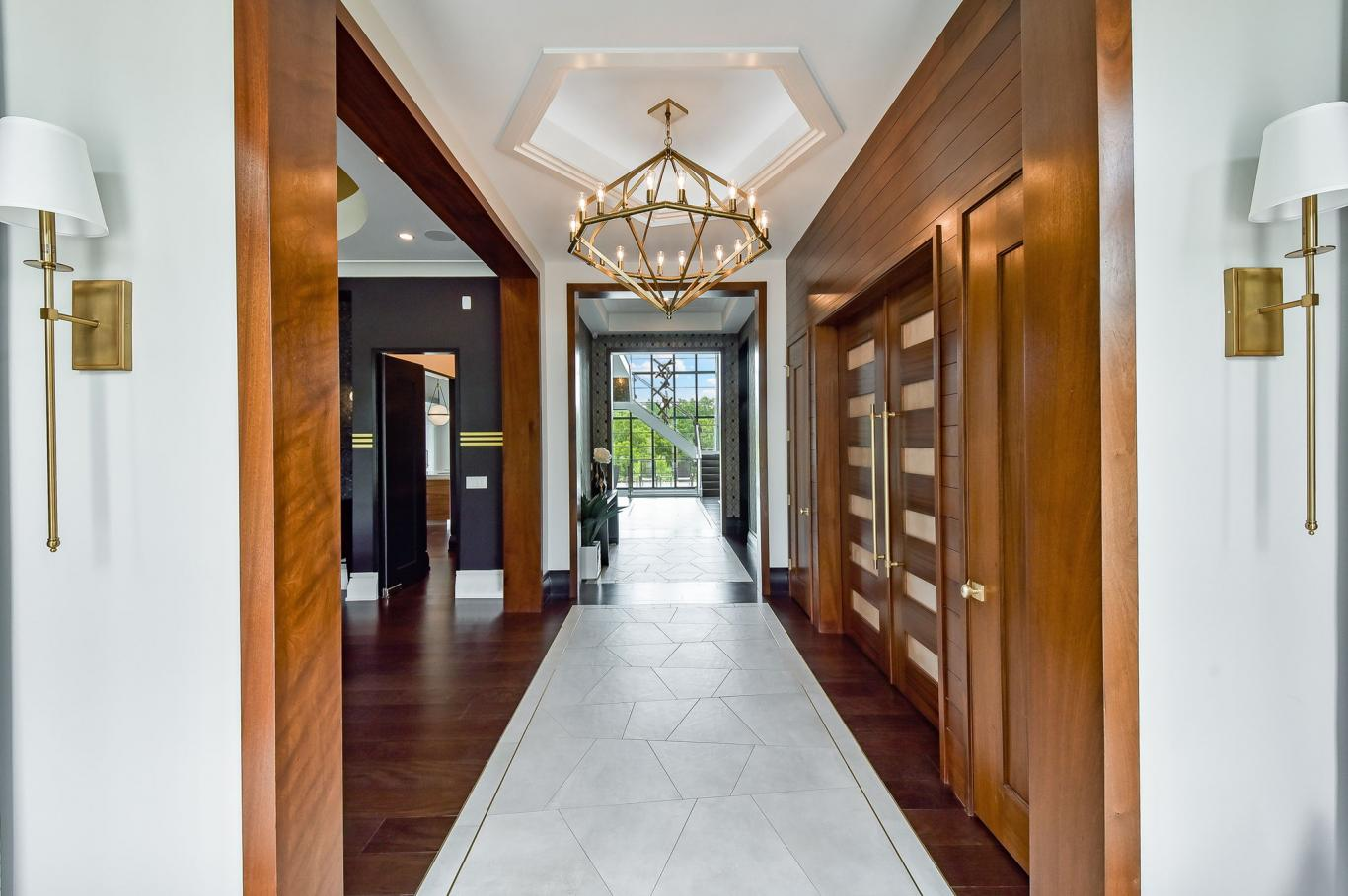 Custom Luxury Homes By Charleston Building - Foyer -